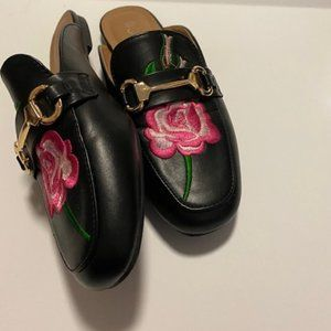Shoes - Gorgeous Embroidered Black Loafer Mules
